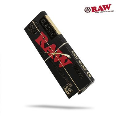RAW Classic Black 1 1/4 Size Papers